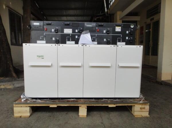 Tủ Trung Thế RMU Schneider RM6 4 Ngăn NE-IQIQ 24kV 630A 20kA/s
